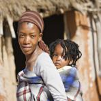 Молодые южноафриканцы вовлечены в общественную жизнь